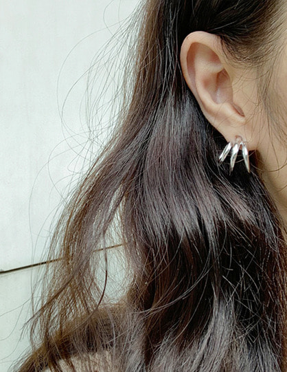 spoill earring (2color)